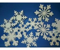 Огромный выбор качественных и недорогих снежинок из пенопласта